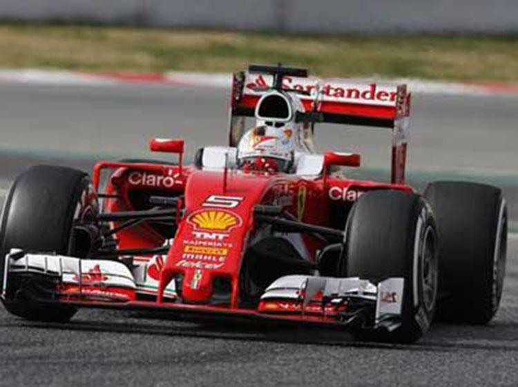 F1季前试车首日 法拉利维泰尔最快 梅奔156圈